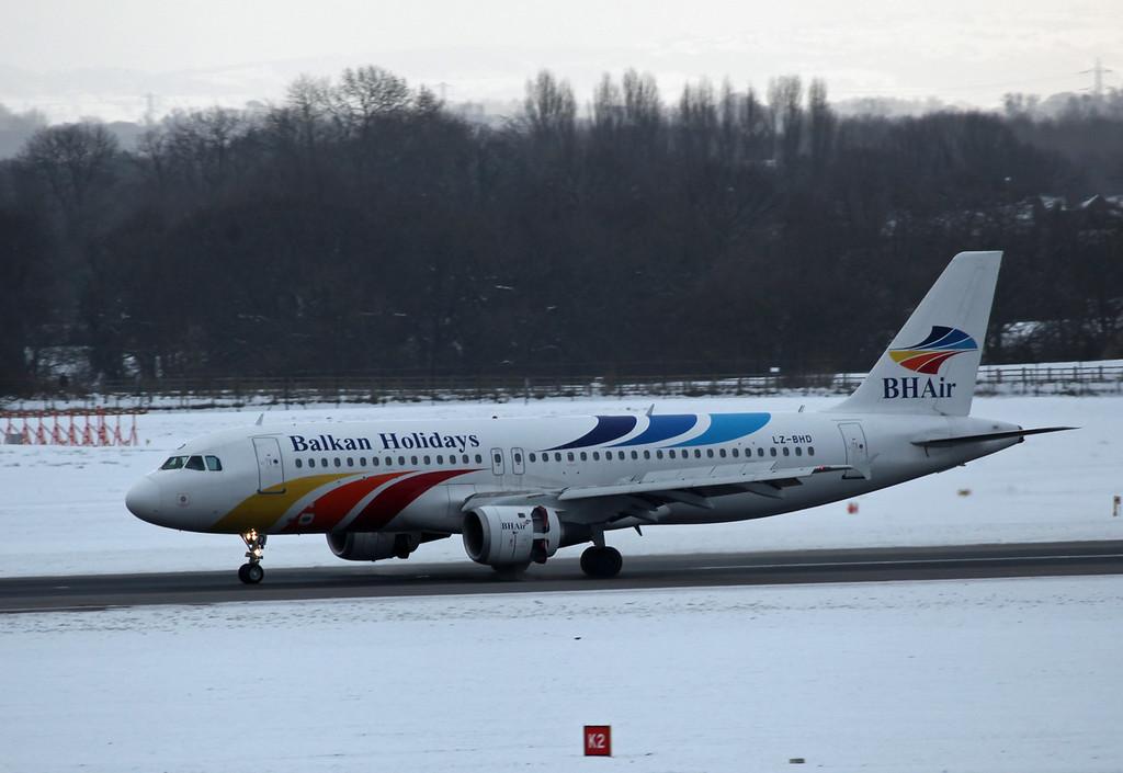 LZ-BHD A320 (MAN) Balkan Holidays