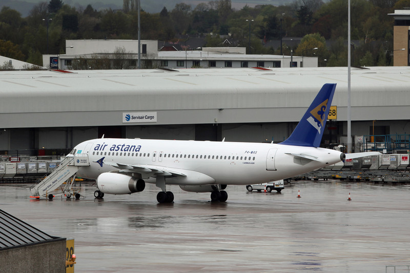 P4-WAS Airbus A320-232 (MAN) Air Astana