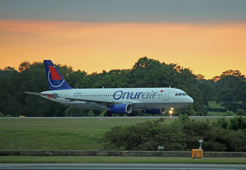 TC-OBG A320-200 (MAN) Onur Air