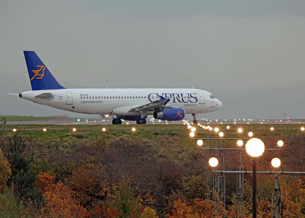 5B-DCH A320-232 (MAN) Cyprus Airways 2