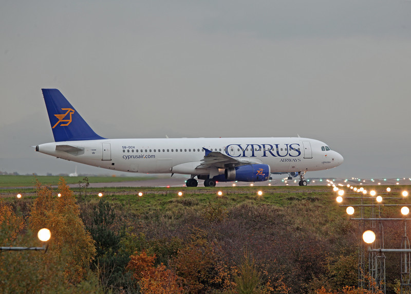 5B-DCH A320-232 (MAN) Cyprus Airways