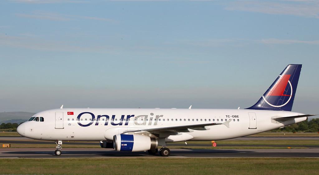 TC-OBE A320-232 (MAN) Onur Air