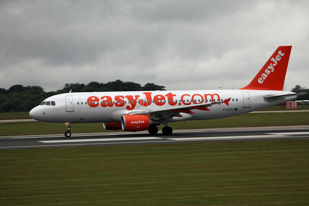 G-EZTL A320-214 (MAN) easyjet