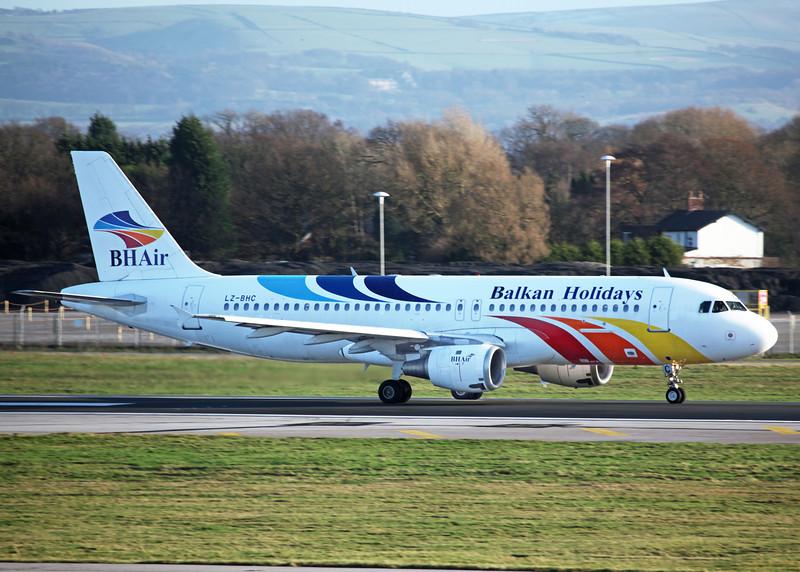 LZ-BHC Airbus A320-211 (MAN) Balkan Holidays Air 2