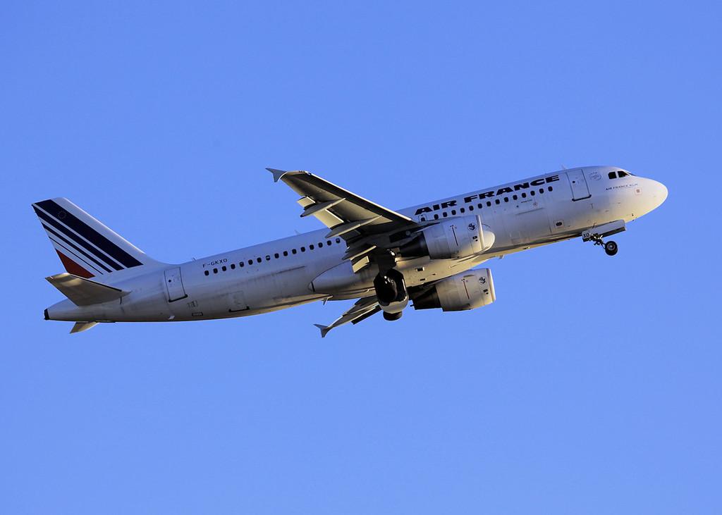 F-GKXO A320-214 (MAN) Air France