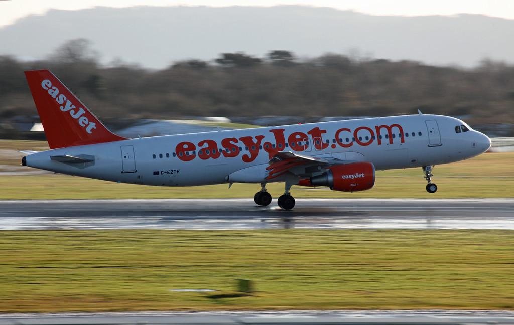G-EZTF A320-214 (MAN) easyjet (2)