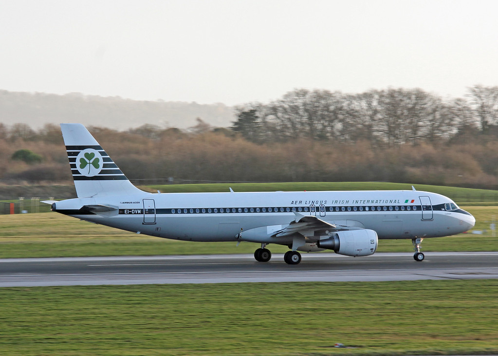 EI-DVM Airbus A320 (Manchester Airport) Aer Lingus [Retro scheme] 1