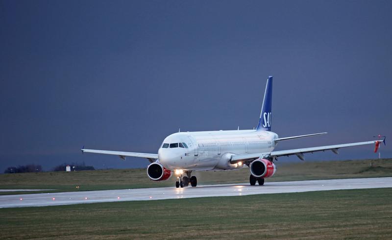 LN-RKI A321-231 (MAN) SAS