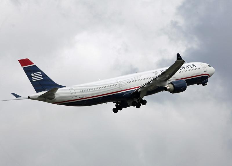 N275AY Airbus A330-300 (MAN) US Airways