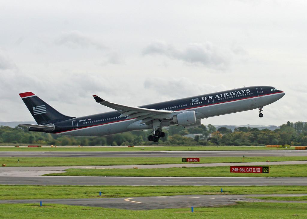 N672UW Airbus A330-323X (MAN) US Airways
