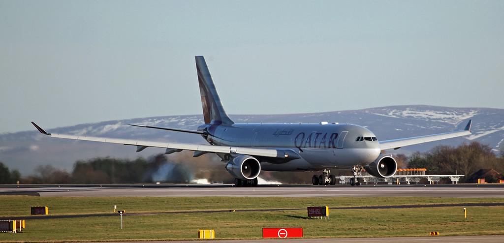 A7-ACG A330-202 (MAN) Qatar Airways (5)
