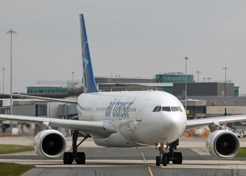 C-GGTS A330-200 (MAN) Air Transat [2]