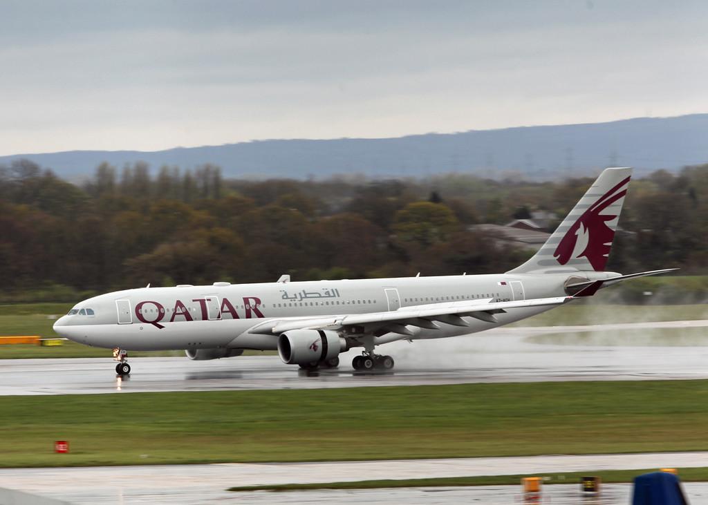 A7-ACH Airbus A330-200 (MAN) Qatar Airways
