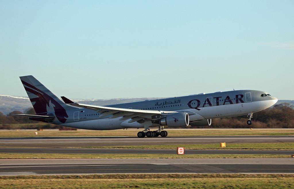 A7-ACG A330-202 (MAN) Qatar Airways (3)