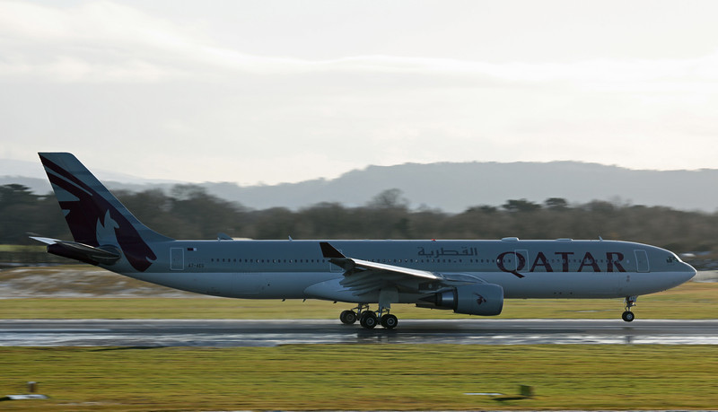 A7-AEG A330-202 (MAN) Qatar Airways (3)