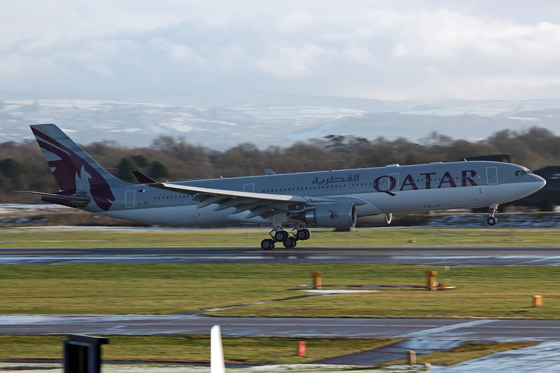 A7-AEG A330-202 (MAN) Qatar Airways (2)