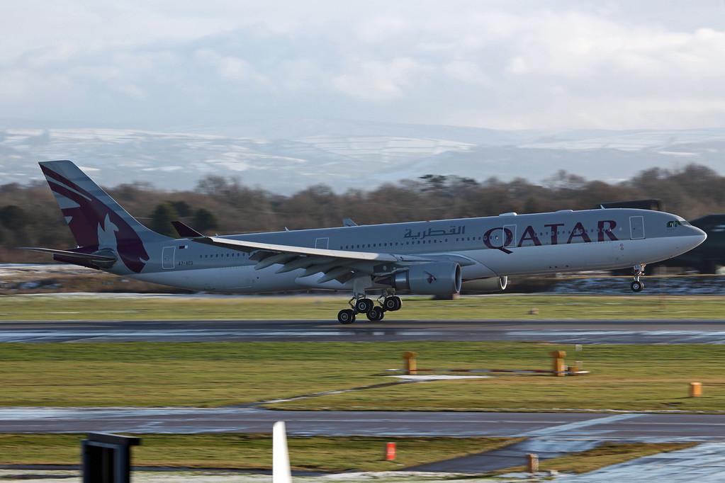 A7-AEG A330-202 (MAN) Qatar Airways (2)