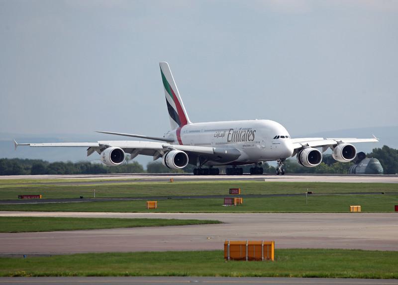 A6-EDH A380-800 (MAN) Emirates