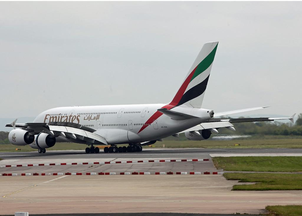 A6-EDE Airbus A380-800 (MAN) Emirates