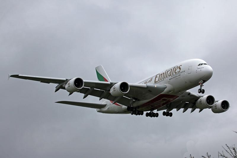 A6-EDM Airbus A380-800 (MAN) Emirates