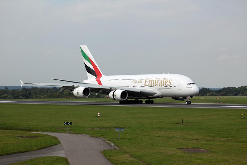 A6-EDI A380-800 (MAN) Emirates 6