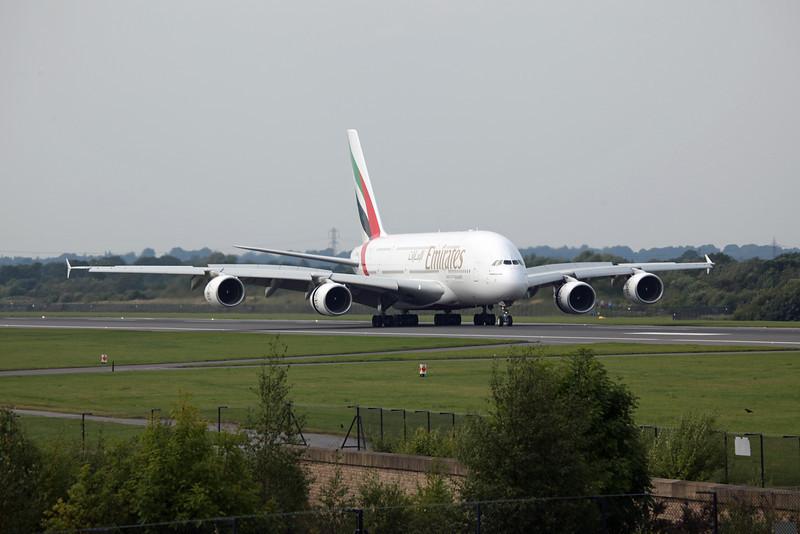 A6-EDI A380-800 (MAN) Emirates 4