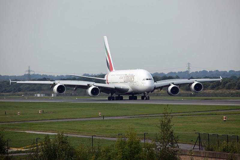 A6-EDI A380-800 (MAN) Emirates 3