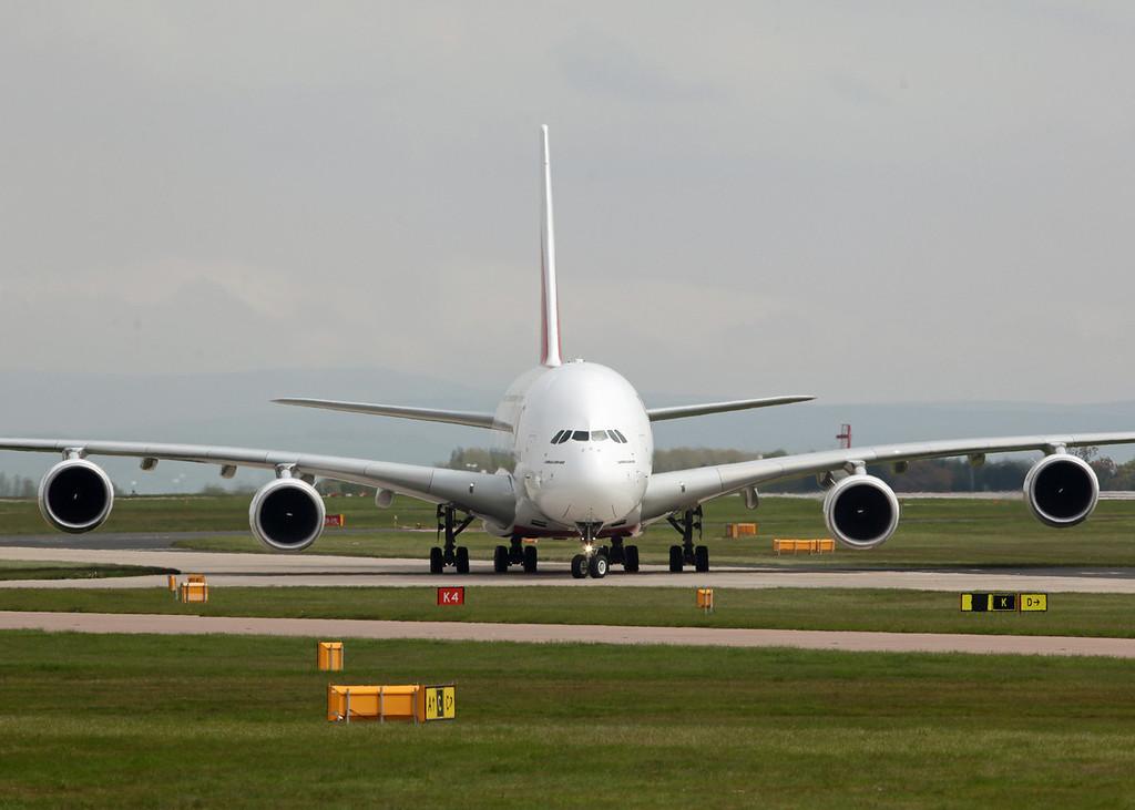 A6-EDE Airbus A380-800 (MAN) Emirates [4]