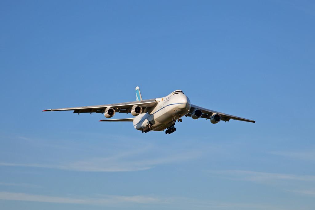 UR-82072 - Antonov AN124-100-150 (Manchester Airport) Antonov Design Bureau [4]
