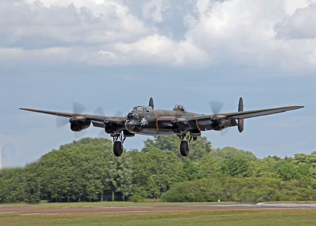 PA474 Avro Lancaster (RAF Fairford) Royal Air Force [Battle of Britain Memorial Flight] (2)