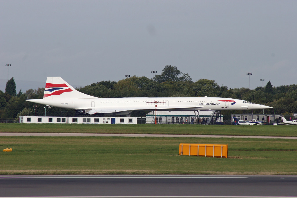 G-BOAC British Aircraft Corp Concorde 1-102 (MAN) British Airways (on display) 2