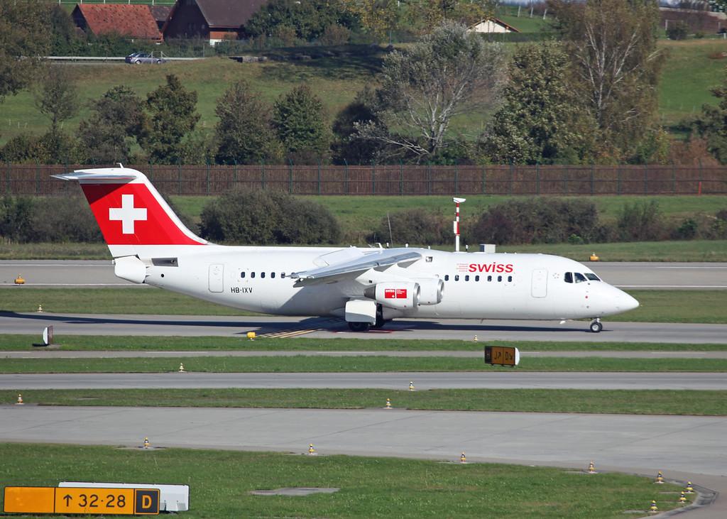 HB-IXV BAe AVRO 146-RJ100 (Zurich) Swiss European Air Lines AG