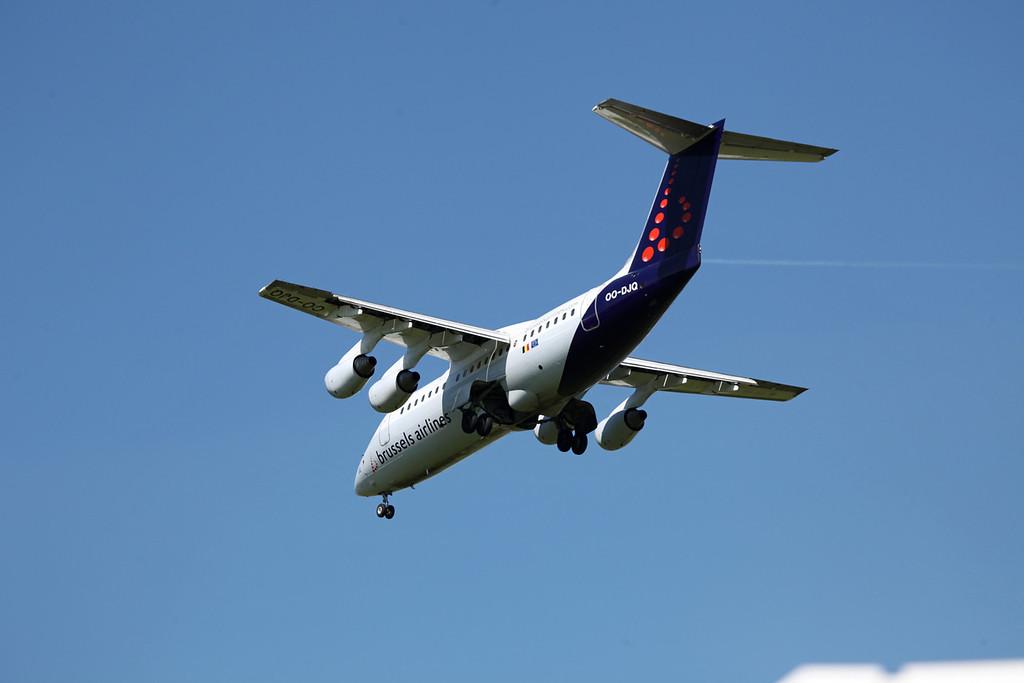 OO-DJQ BAE 146-RJ85 (MAN) Brussels Airlines (3)