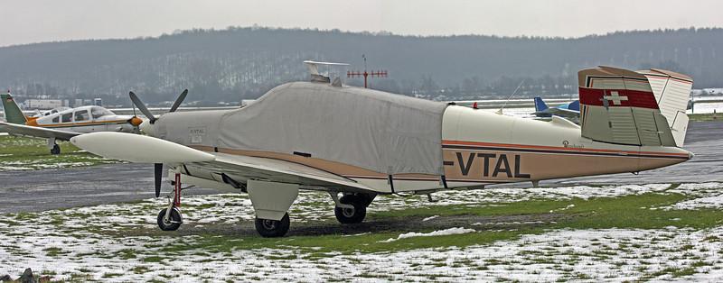 G-VTAL Beech V35 Bonanza BE35 (Long Marston) Wellesbourne Bonanza Group