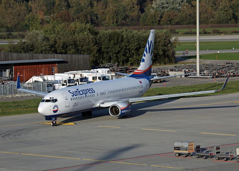 TC-SUG Boeing B737-800 (Zurich) SunExpress 2