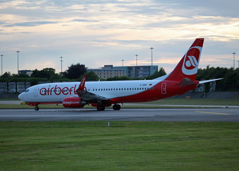 D-ABKI Boeing B737-800 (MAN) Air Berlin 2