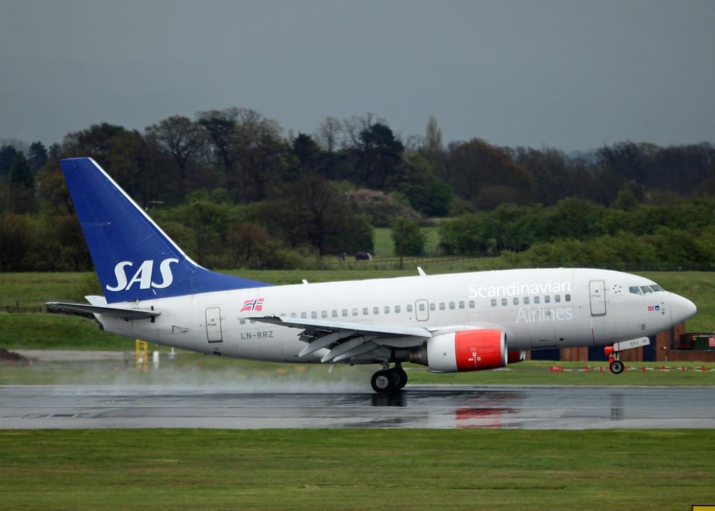 LN-RRZ Boeing B737-600 (MAN) Scandinavian Airlines