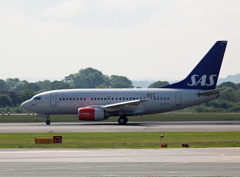 SE-DTH B737-600 (MAN) SAS Scandinavian Airlines (2)