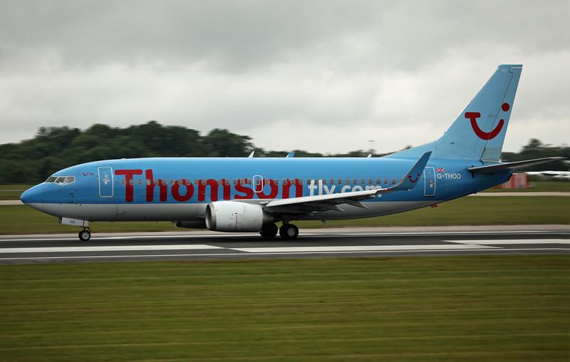 G-THOO B737-300 (MAN) Thomson