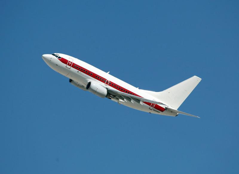 N859WP B737-66N (LAS) DEPARTMENT OF THE AIRFORCE (USAF) (3)