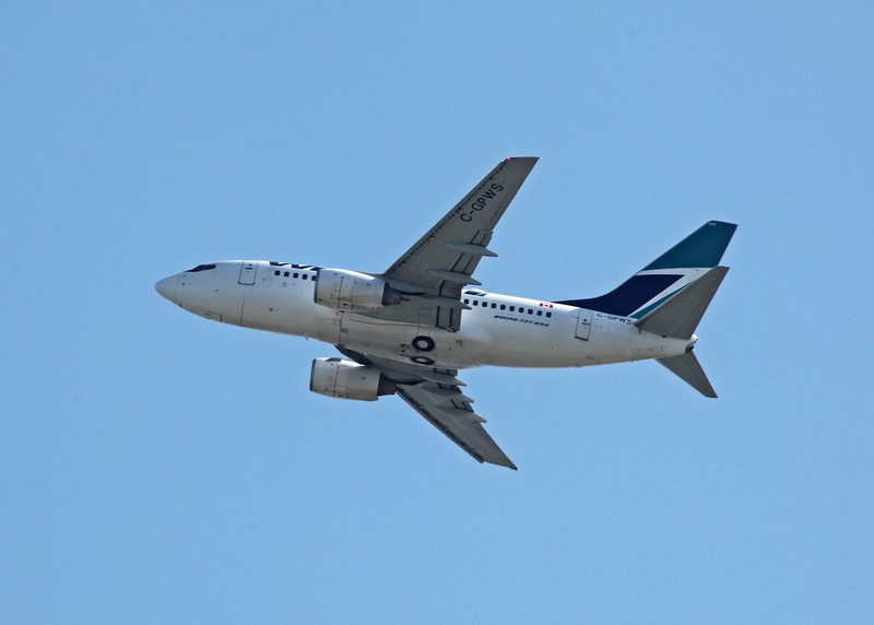 C-GPWS Boeing B737-76N (in flight over Vancouver) Westjet