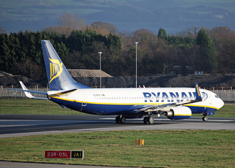 EI-EFX Boeing B737-8AS:W (MAN) Ryanair