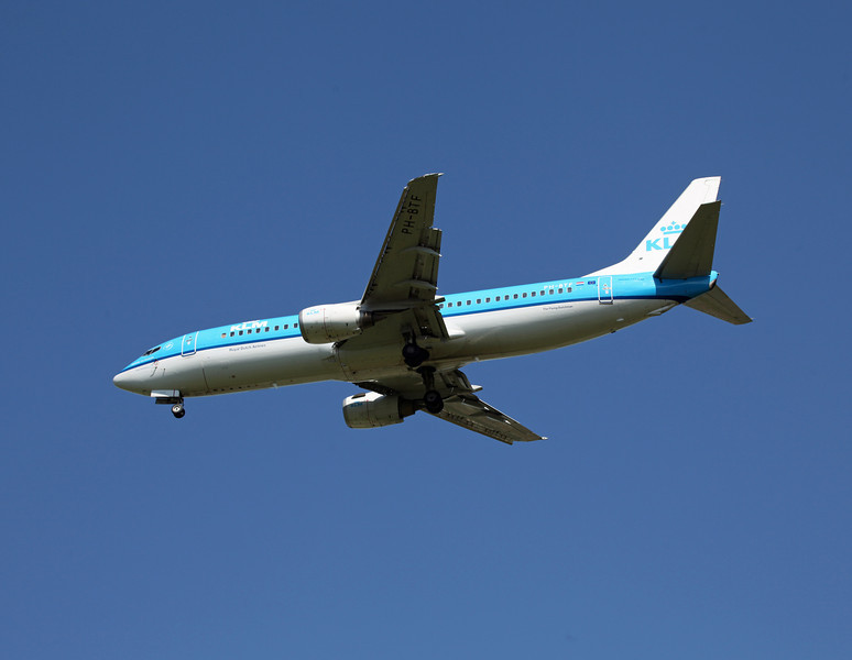 PH-BTF B737-400 (MAN) KLM (2)