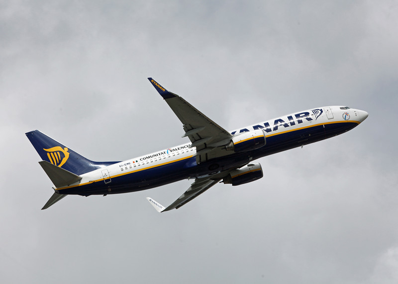 EI-EME Boeing B737-800 (MAN) Ryanair [2]