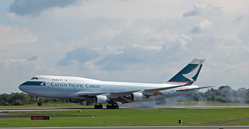 B-HKX B747-412BCF (MAN) Cathay Pacific