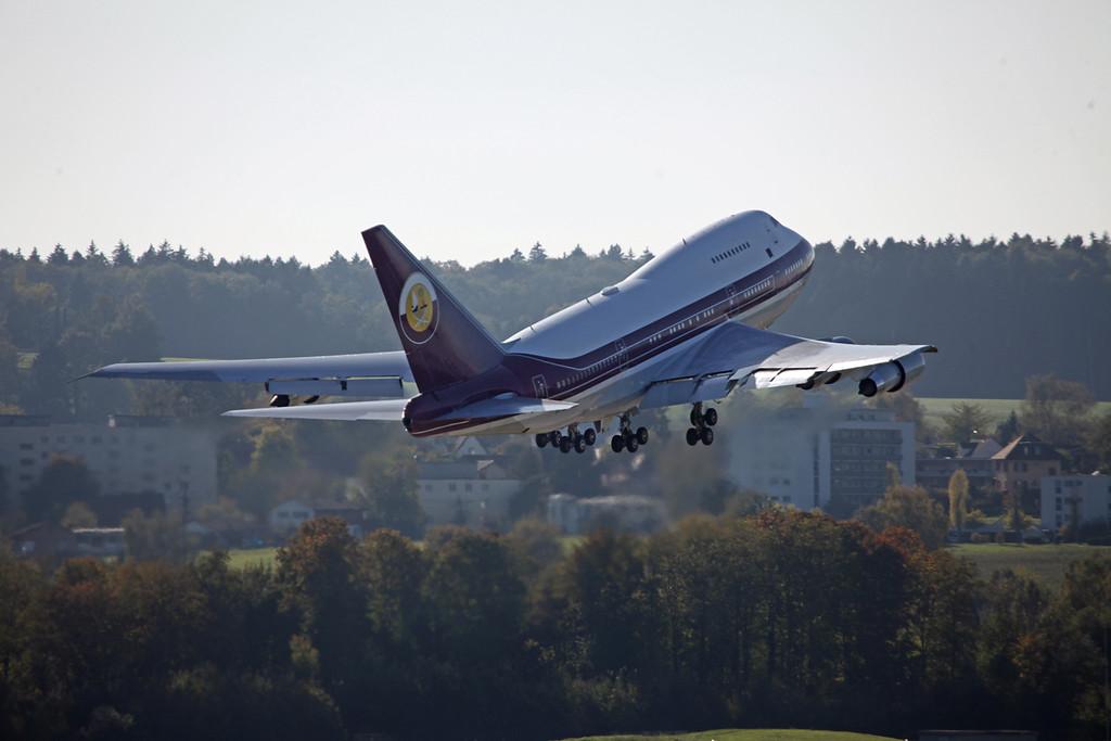 VP-BAT Boeing B747SP (Zurich) Qatar Amiri Flight