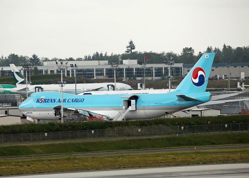 HL7610 Boeing B747-8 Freighter (Boeing Field) Korean Air