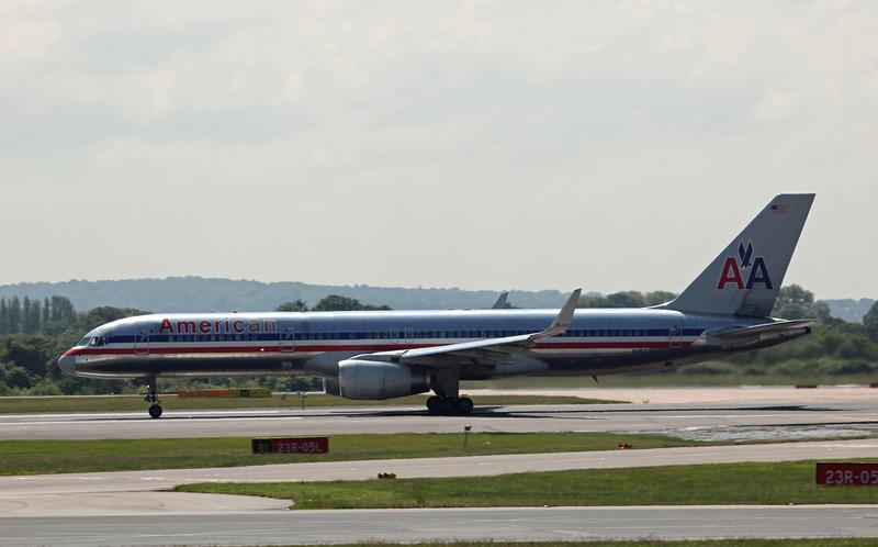 N187AN B757-200 (MAN) American Airlines