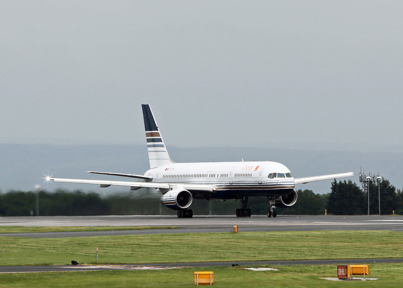 EC-ISY Boeing B757-256 (MAN) Priviledge (PVG)