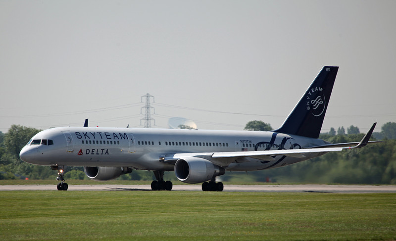 N717TW B757-200 (MAN) Delta Airlines (Skyteam C-S) (4)